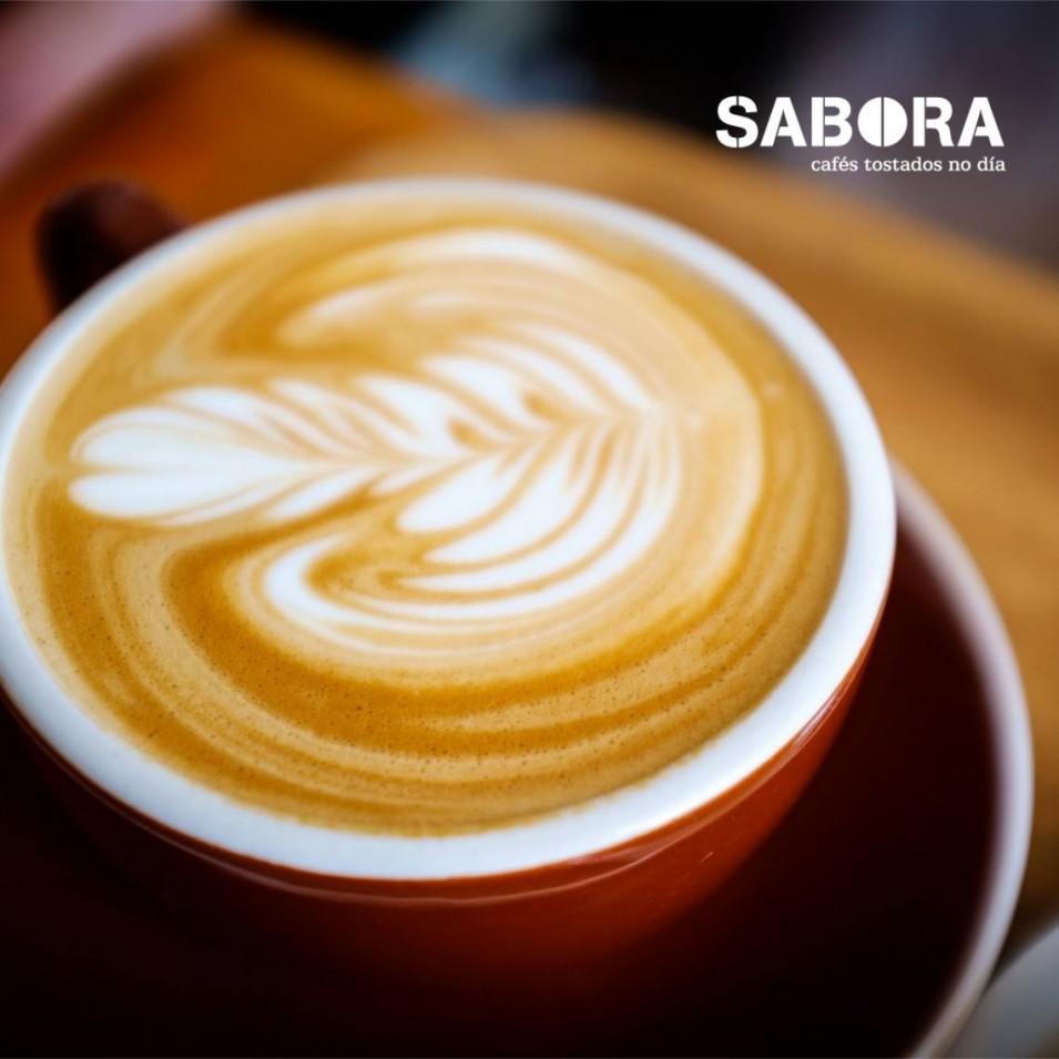 Café con leite,  calorías que achega á túa dieta
