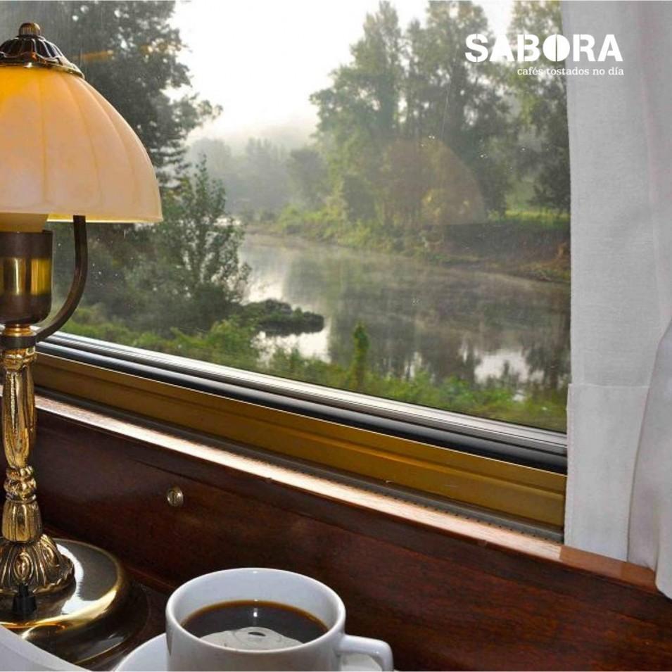 Café en vagón del Transcantabrico - Norte de España