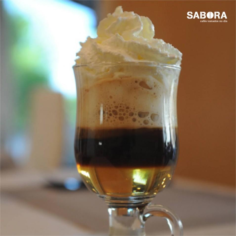 Café Escocés con helado de vainilla, café y whisky.