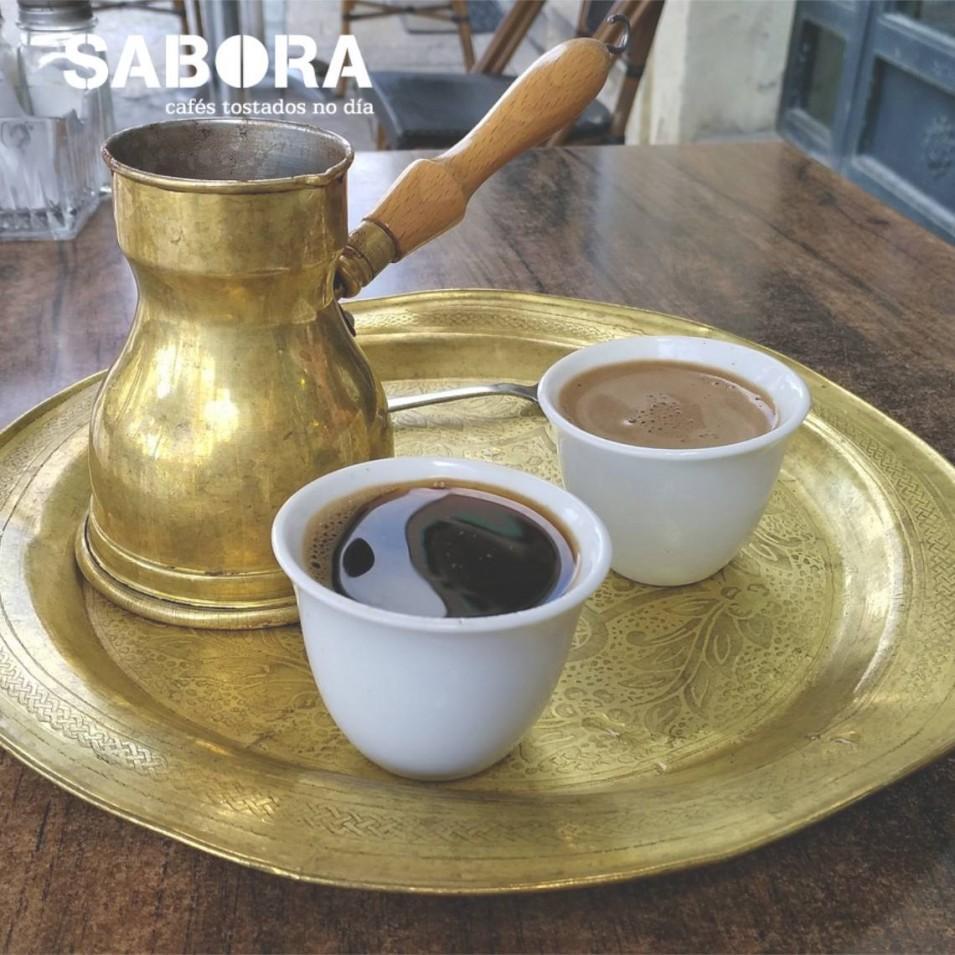 Dos tazas de café turco