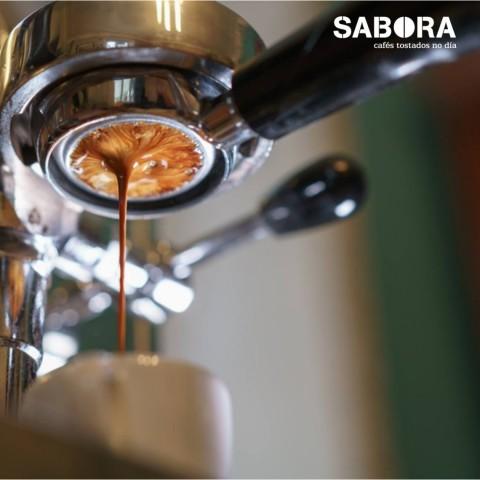 Máquina de café espresso  con portrafiltro naked