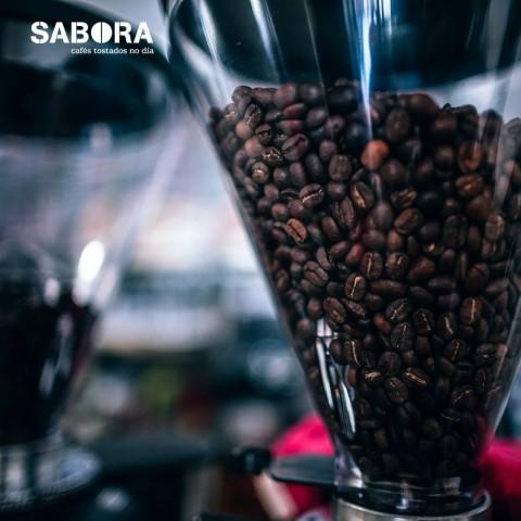 Permite conseguir los mejores cafés molidos.